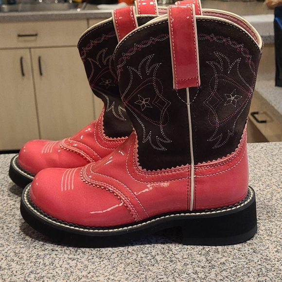 Ariat pink boots
